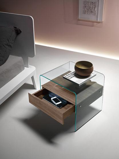 3a fiam glazen bijzettafen nachtkast Rialto Night design by CRS FIAM