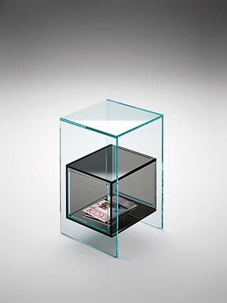 5 fiam glazen design hoektafel Magique - extra helder en rookgrijs - design by Studio Klass